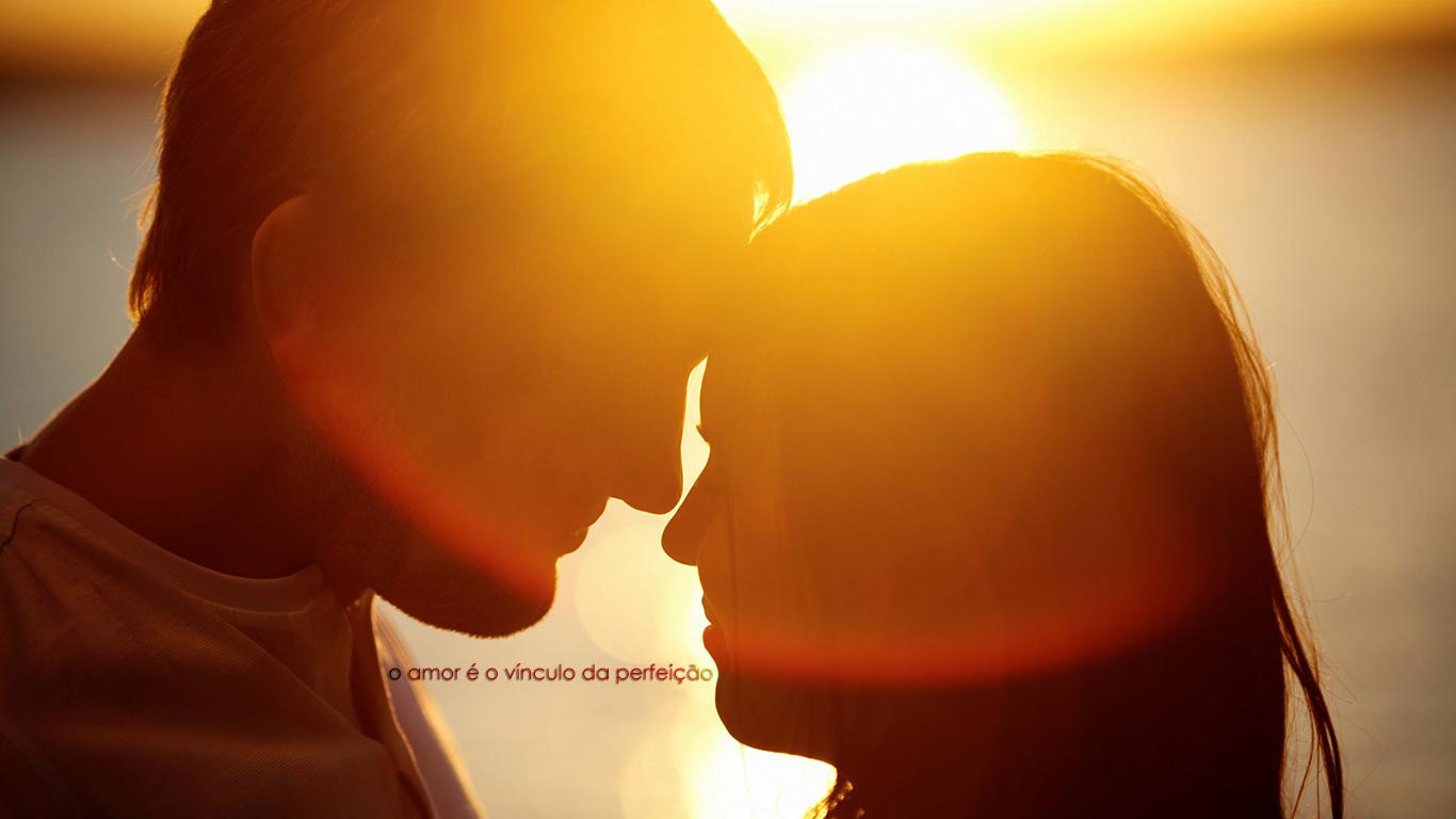 wallpaper cristao hd amor é o vínculo da perfeição casal_1366x768
