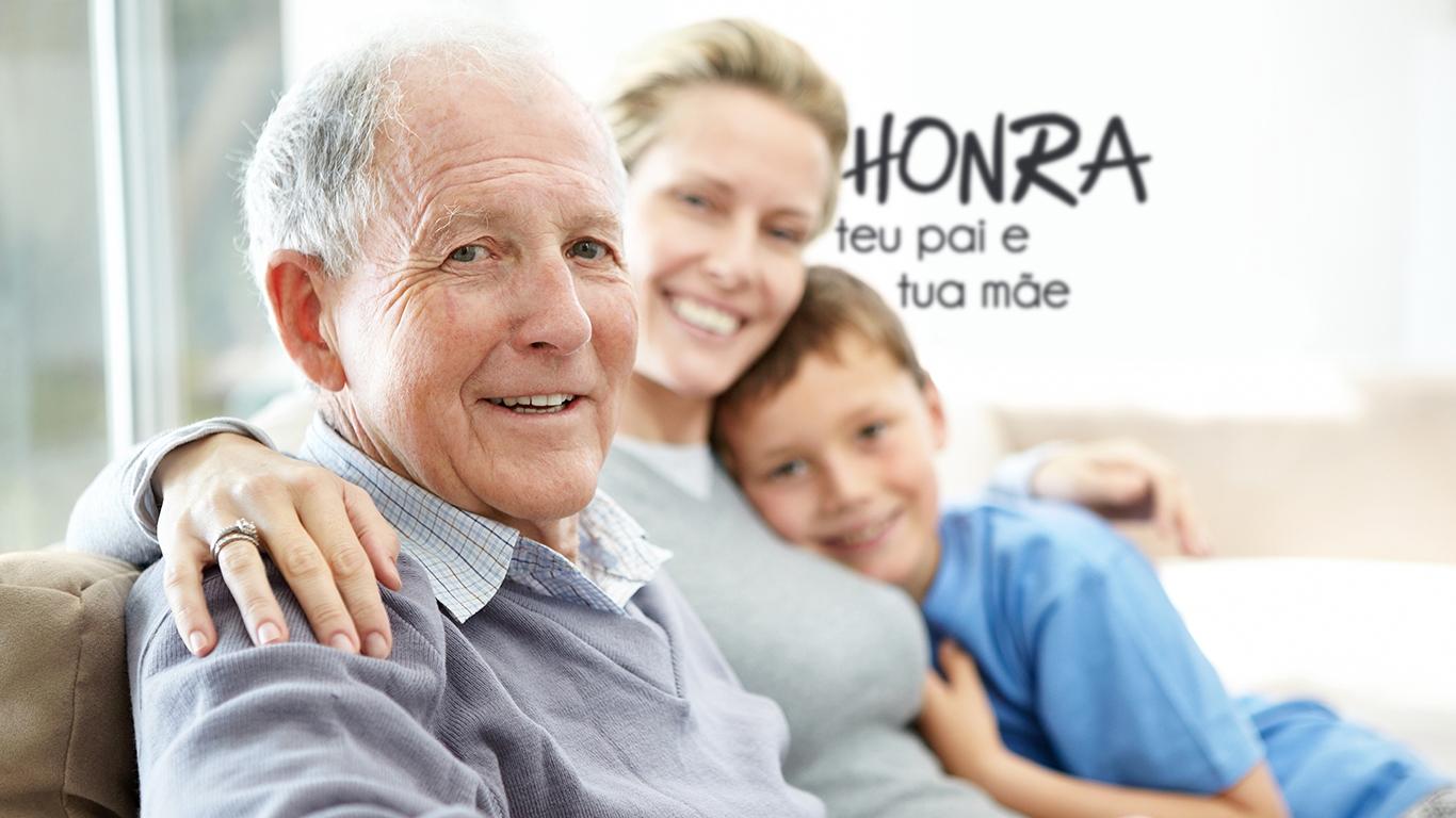 wallpaper cristao hd honra teu pai e tua mae familia_1366x768