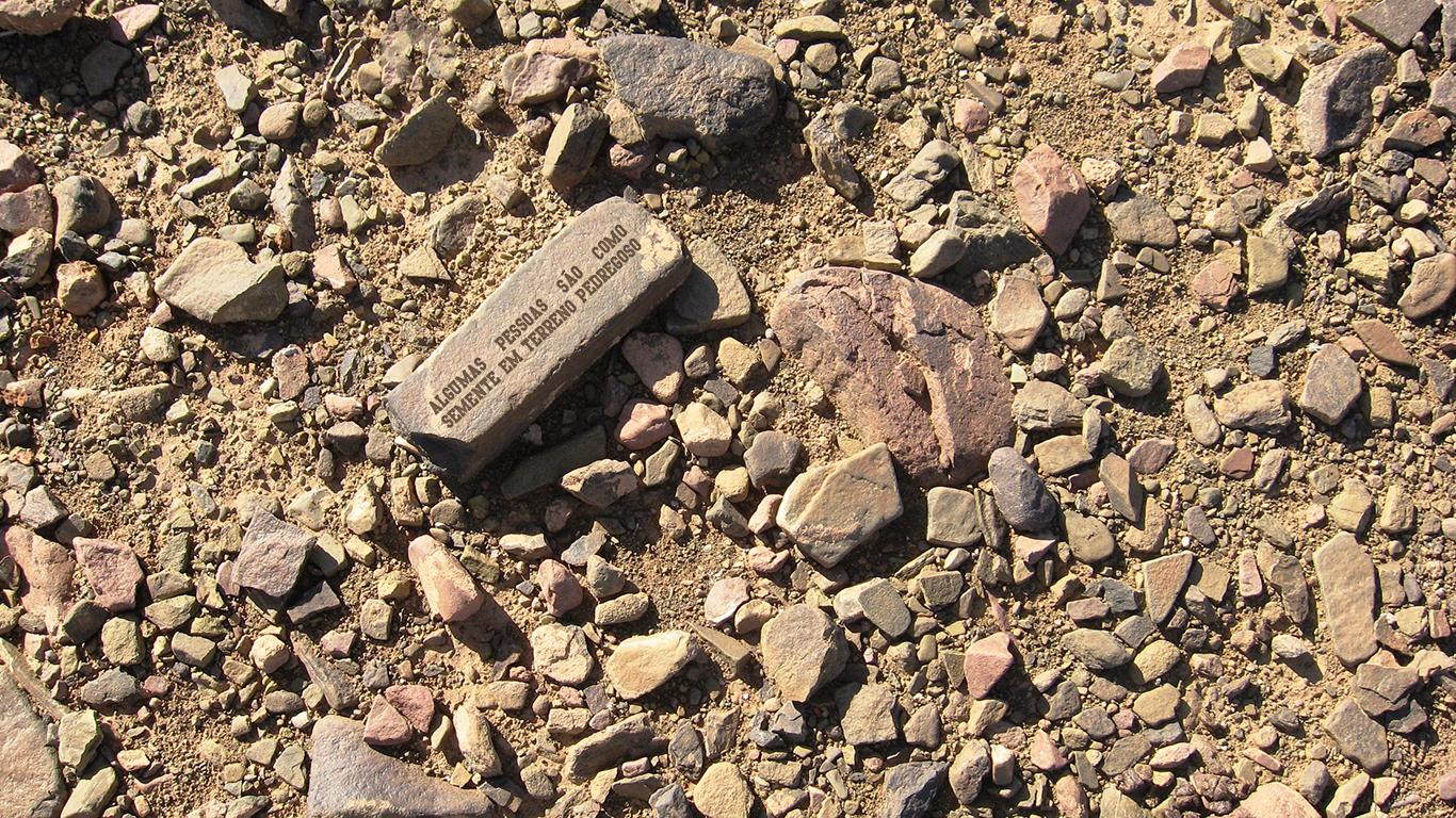 wallpaper cristao hd algumas pessoas são como semente em terreno pedregoso_1366x768